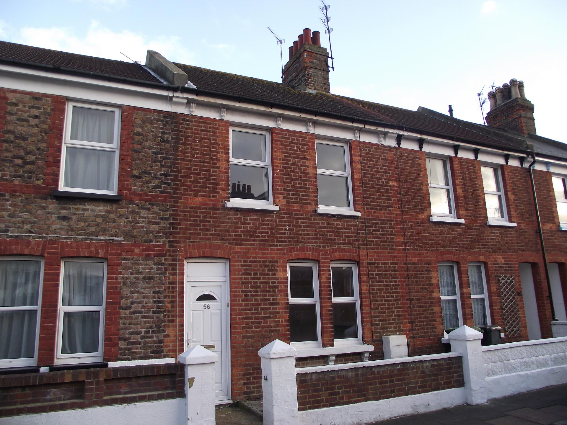 2 bedroom terrace for sale in redoubt northwood eastbourne for 50 eastbourne terrace