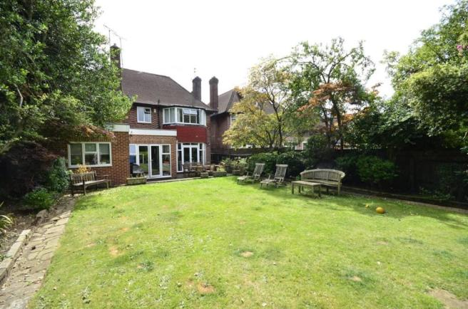 6 Bedroom Property To Let In Fairholme Gardens Finchley