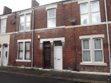 Vine Street, Wallsend - Three Bed First Floor Flat