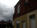 2 Bed cottage Knottingley. Wakefield. Parking.