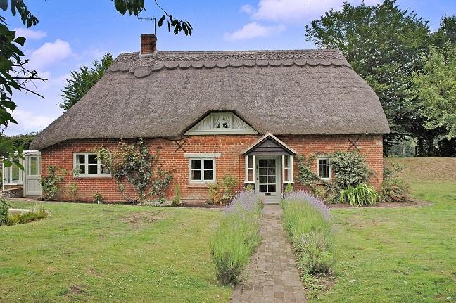 Thatched Cottage Alderbury