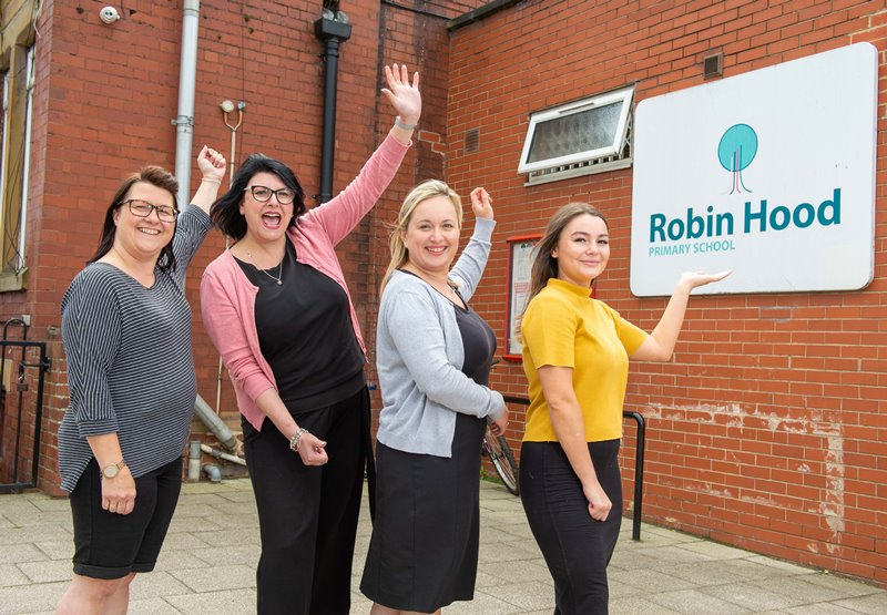Rothwell Manning Stainton Branch Sponsoring Robin Hood Primary School