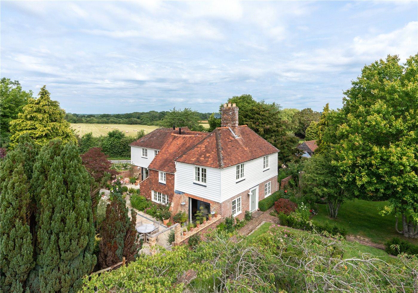 Five bedroom house near Barcombe Mills