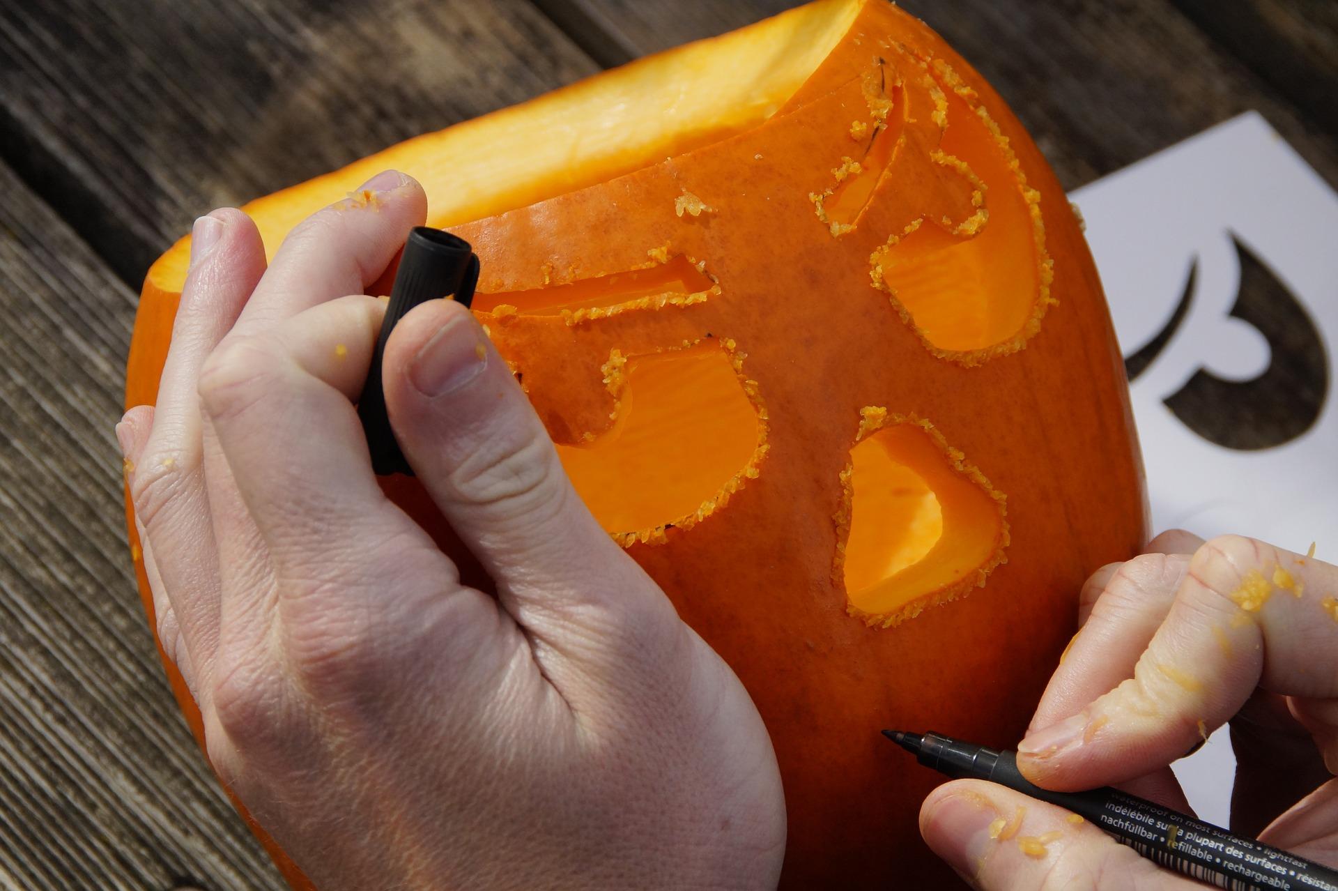 Pumpkin carving (Jack O' Lantern)
